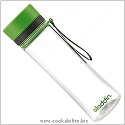 Aladdin Aveo Green Water Bottle. Original product image, © Cookability