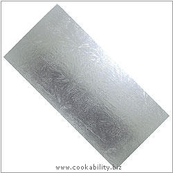 Cookability Silver Thin Cake Log. Original product image, © Cookability