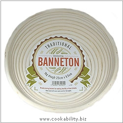 Cookability Traditional Banneton Round. Original product image, © Cookability