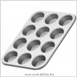 Kitchencraft 12 Cup Muffin Tray. Derived work from original images, © Thomas Plant 2007, used with permission.