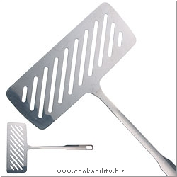 Kitchencraft Fish Lifter. Original product image, © Cookability