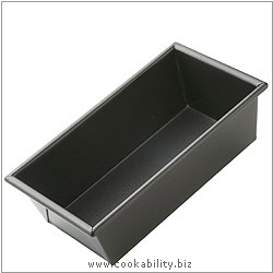 Bakeware Loaf Pan. Derived work from original images, © Thomas Plant 2006 and prior, used with permission.