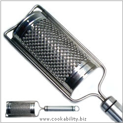 Short Handle Curved Grater. Original product image, © Cookability