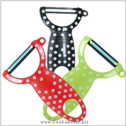 Peelers Swiss Polka Dot Peeler Triple Pack. Original product image, © Cookability