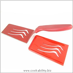 Colori 1 Red Serving Knife. Original product image, © Cookability