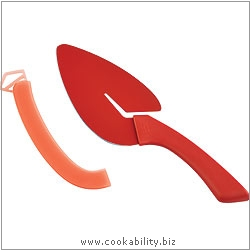 Cooks' Tools Flexi Slice and Serve. Original product image, © Cookability