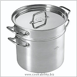 Montreux Pasta Pot - Stockpot with Draining Insert. Derived work from original images, © Kuhn Rikon (UK) Ltd, used with permission.