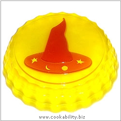 Cookability Halloween Witches Hat Jelly Mould. Derived work from original images, © Malcon Products Ltd, used with permission.