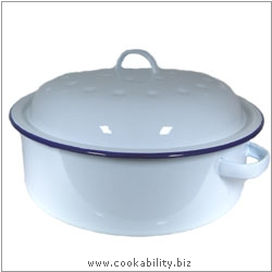 Cookability Traditional Enamel Round Roaster. Original product image, © Cookability