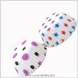 Easybake Spots and Stars Bun Cases. Original product image, © Cookability