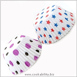 Easybake Spots and Stars Muffin Cases. Original product image, © Cookability