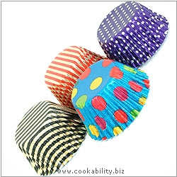 Foilcraft Spotty Muffin Cases. Original product image, © Cookability