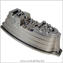 Platinum Pirate Ship Cake Pan. Original product image, © Cookability