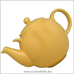 London Pottery Yellow Teapot. Original product image, © Cookability