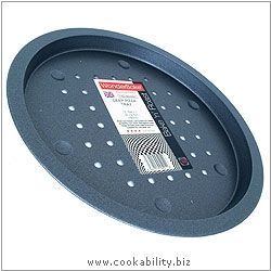 Bake 'n' Roast Deep Pizza Tray. Original product image, © Cookability
