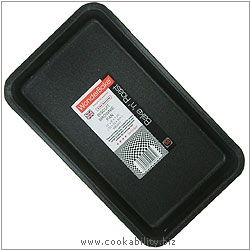 Bake 'n' Roast Biscuit Brownie Pan. Original product image, © Cookability